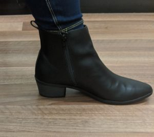 Black ankle boot with small heel