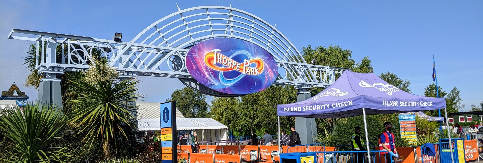 Entrance to Thorpe park